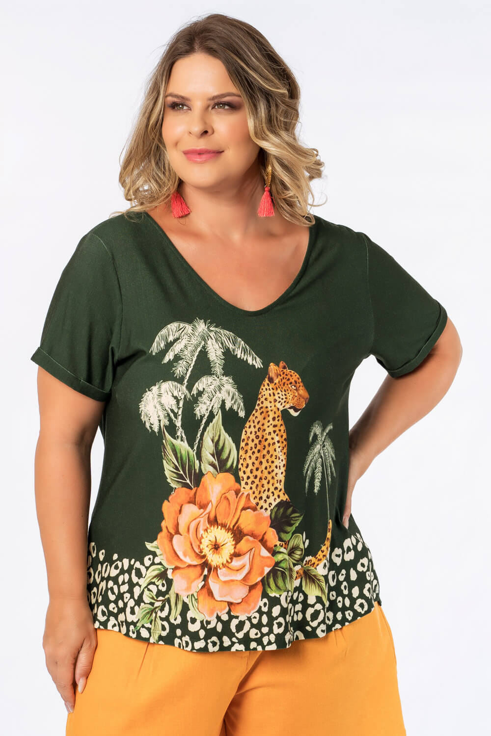 t_shirt_estampada_onca_plus_size_verde_22292_3_20201208153715