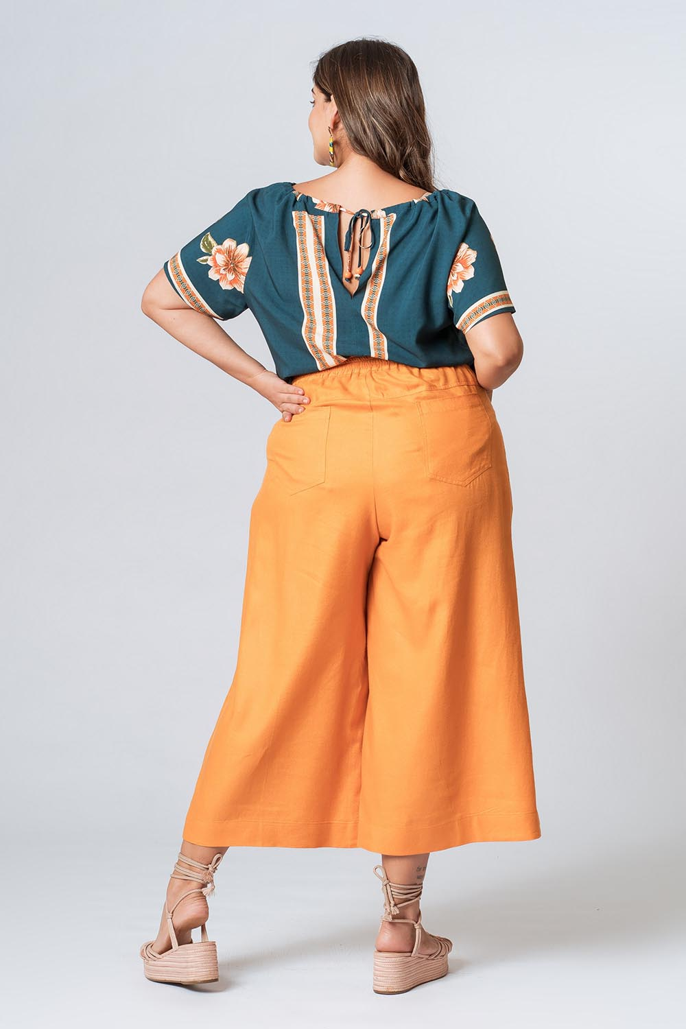 calca_plus_size_cropped_nervura_amarelo_19623_2_20200915112242