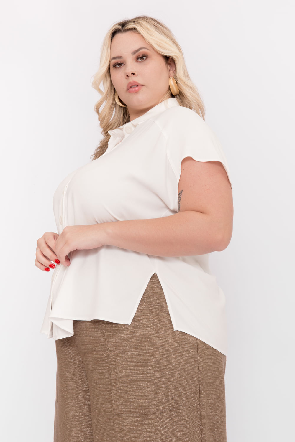 P093_6_Camisa_Plus_Size_Mc_Viscose_Basica_OFF_WHITE_2