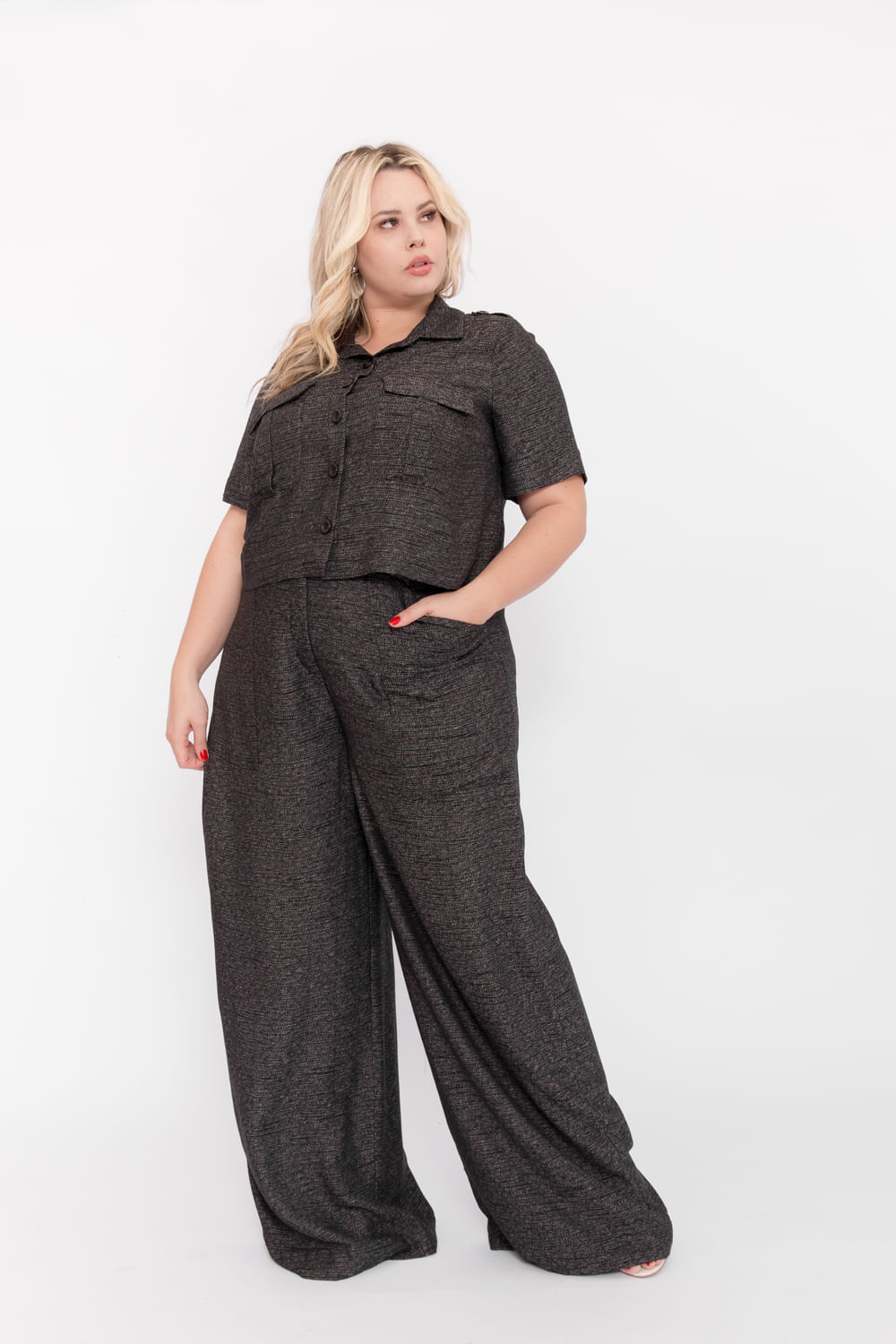 P106_6_Camisa_Plus_Size_Mc_Cropped_Tweed_Utilitaria_PRETO_1