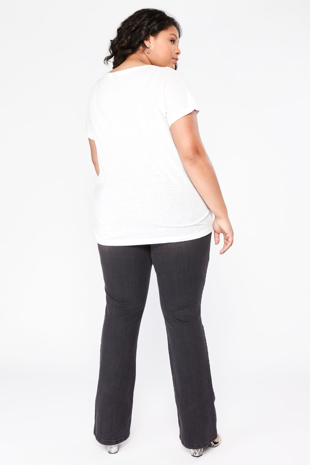 RAI005_Camiseta_Plus_Size_My_Body_Off_White_5