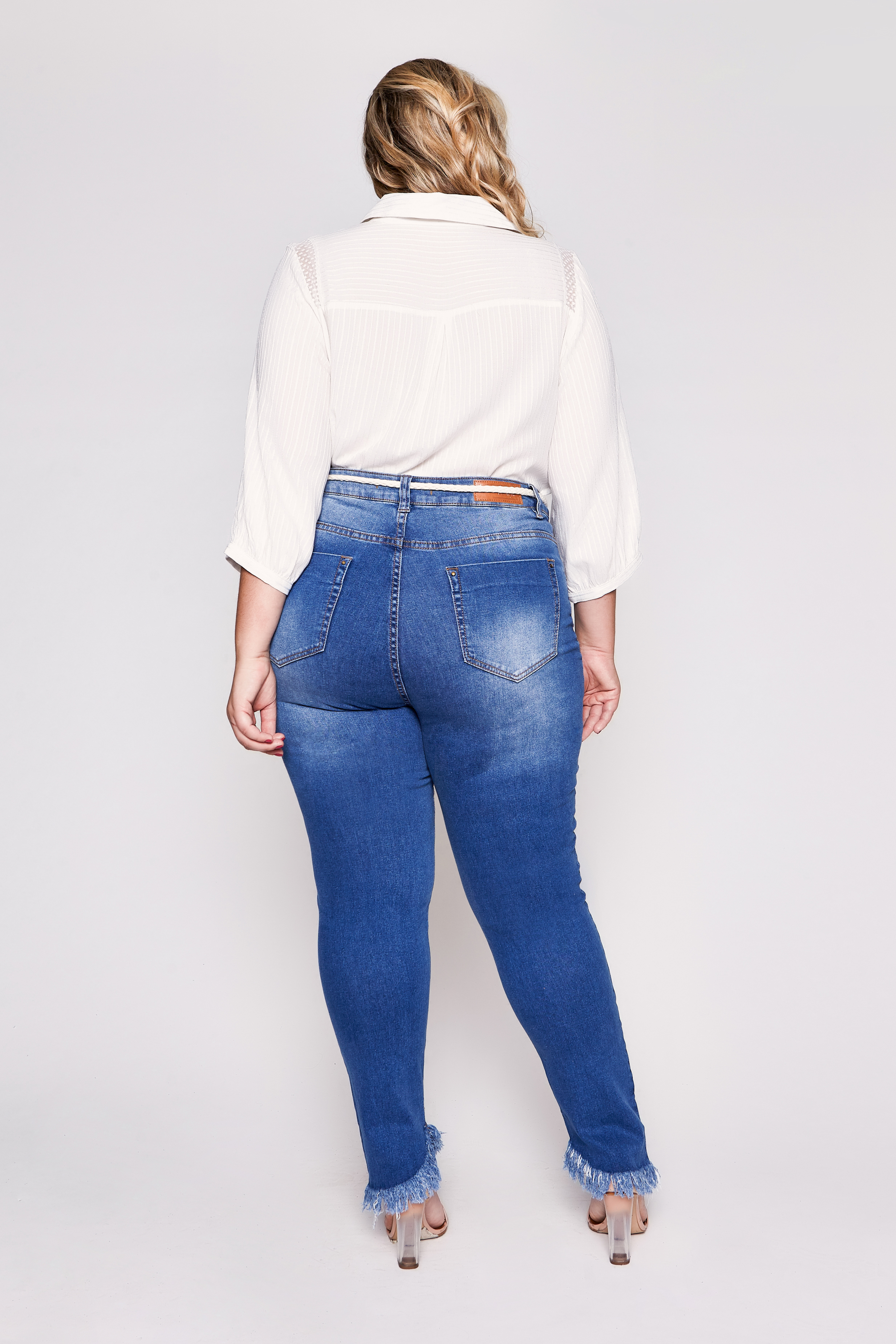 0310329_Calca_Jeans_Destroyed_Kaia_4