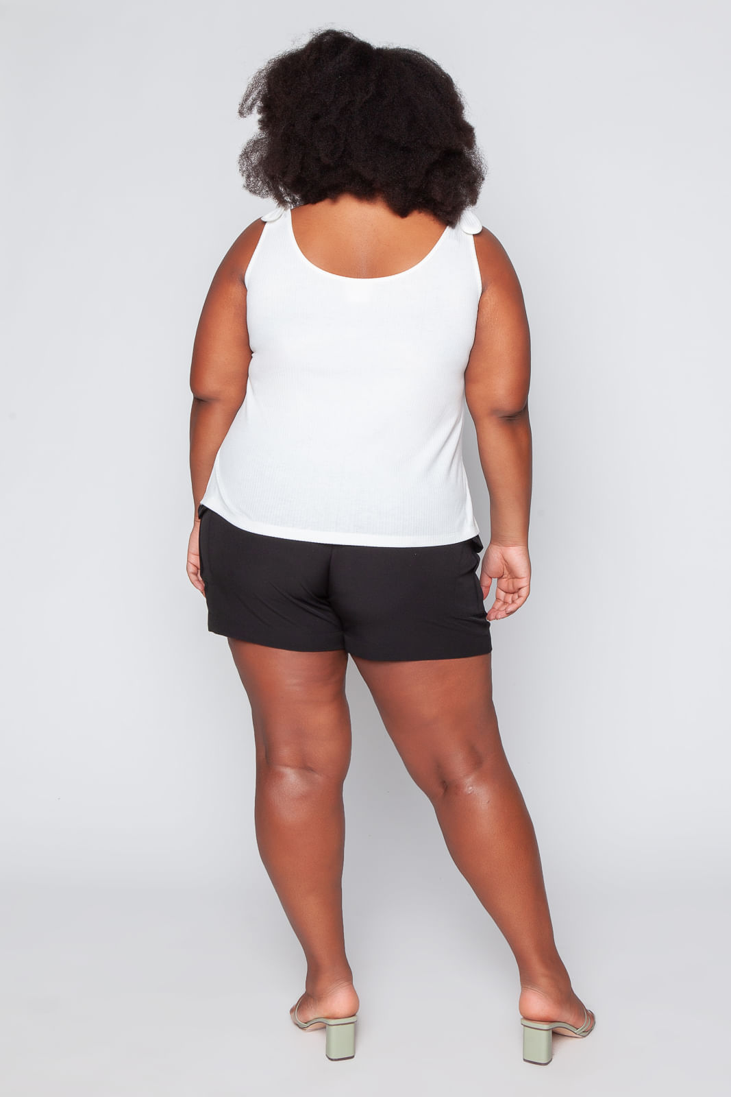T047_Regata_Plus_Size_Justa_Canelada_com_No_Off_White_5