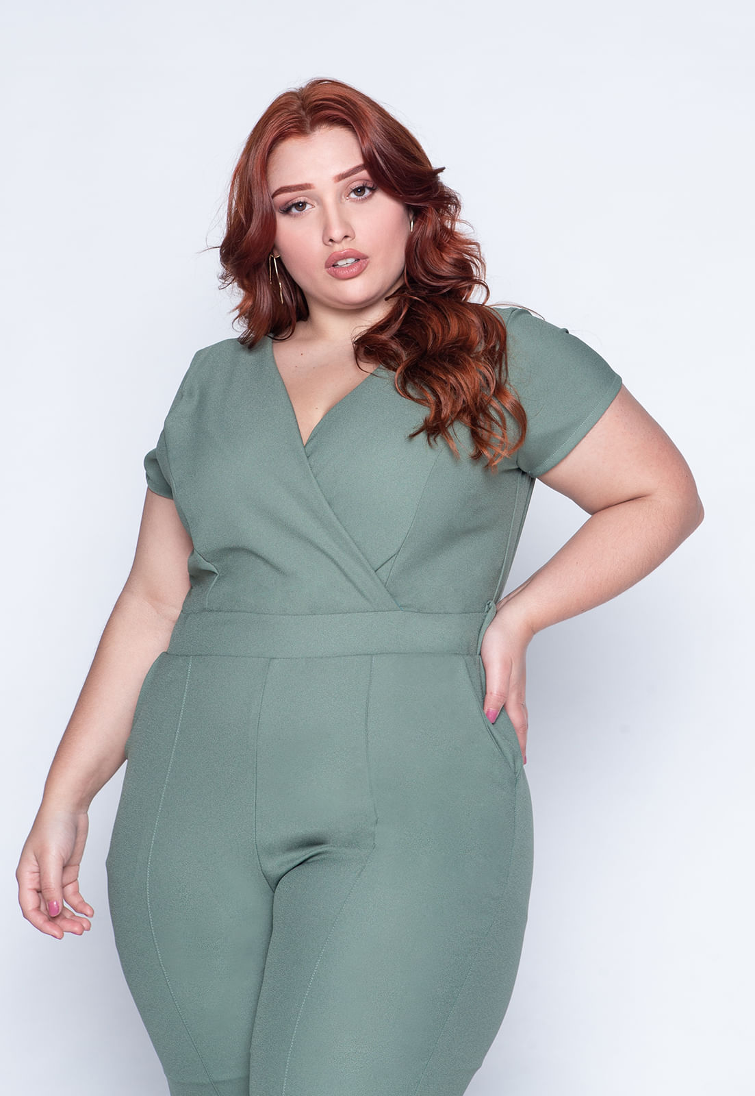 1594_Macacao_Plus_Size_Liso_Verde_2