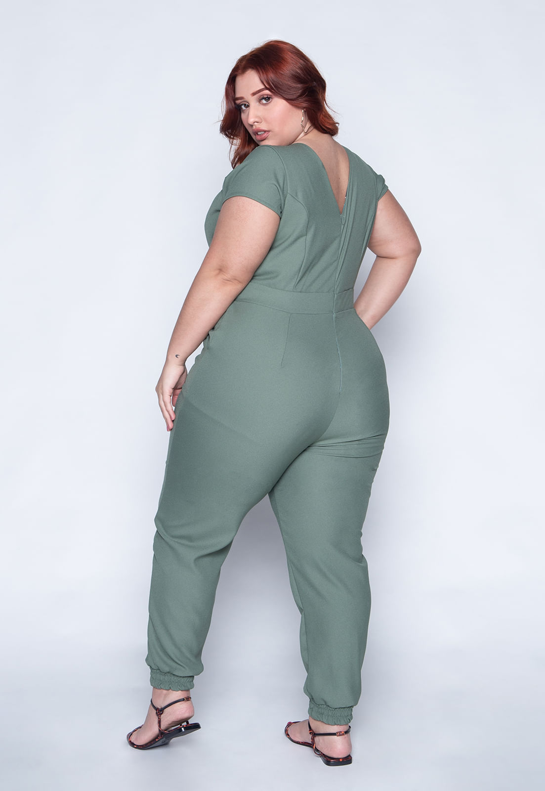 1594_Macacao_Plus_Size_Liso_Verde_4