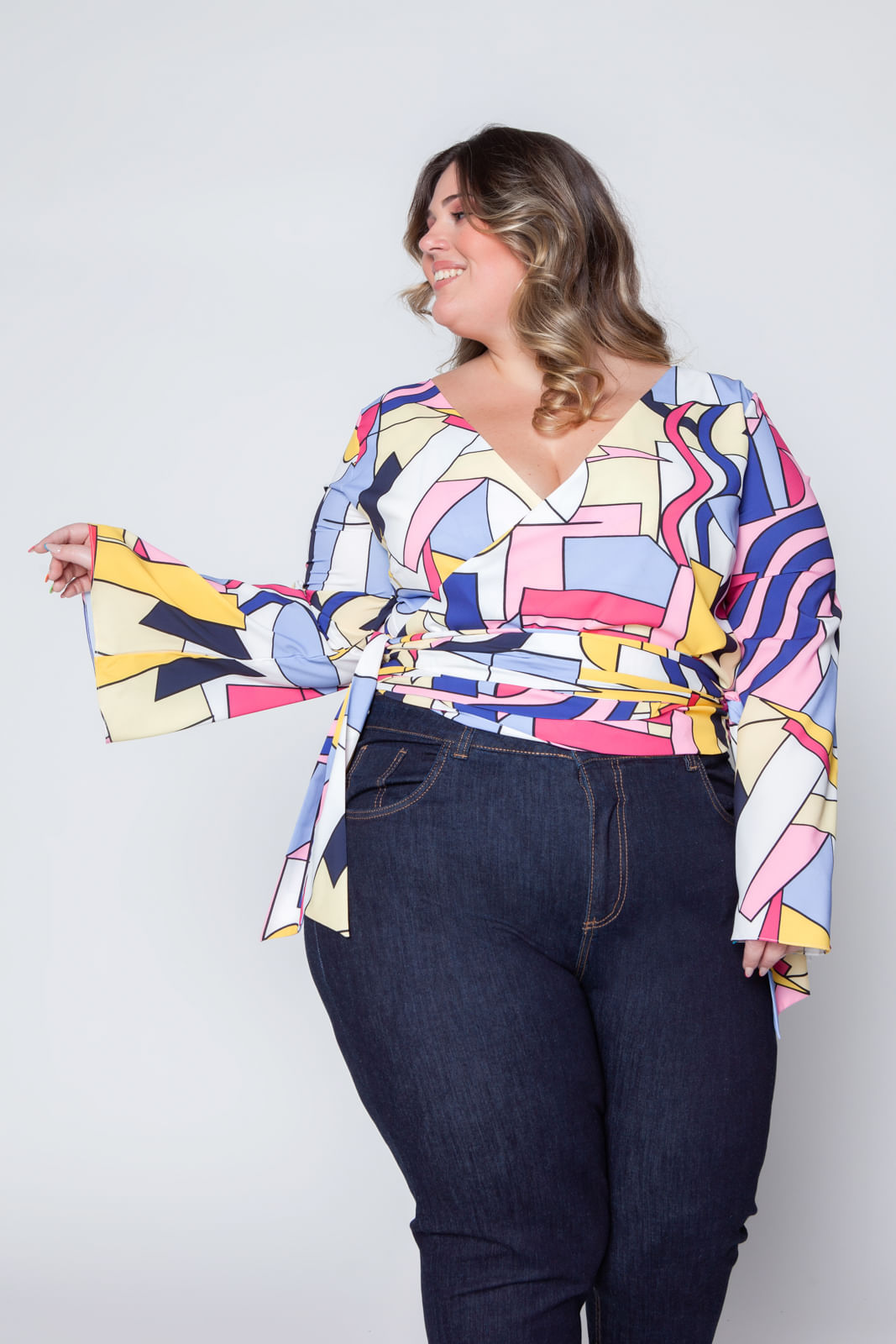 008A_Cropped_Plus_Size_Estampado_Rosa_1