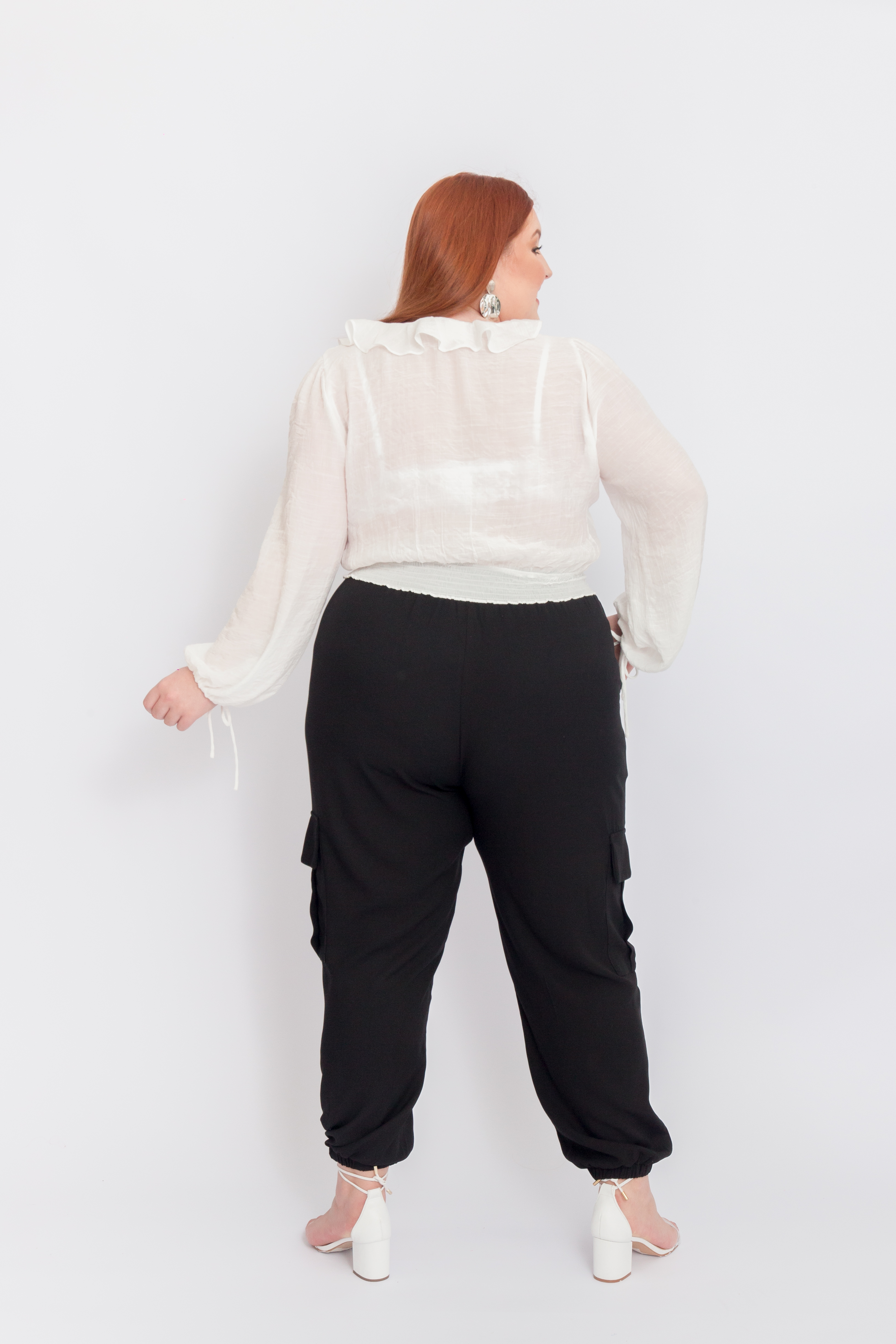 T100_4_Blusa_Plus_Size_Cropped_Com_Amarracao_OFF_WHITE_5