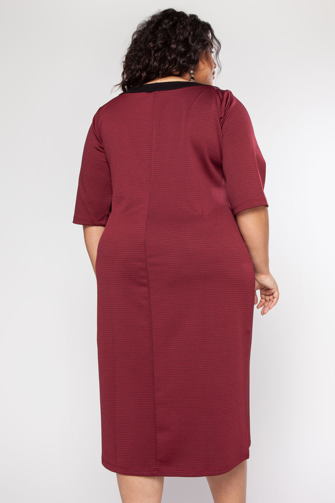 GRG57301_Vestido_Plus_Size_Midi_Bordo_4