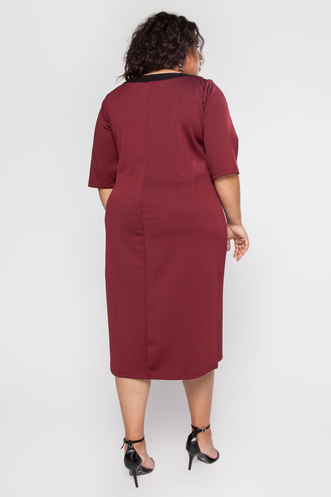 GRG57301_Vestido_Plus_Size_Midi_Bordo_5
