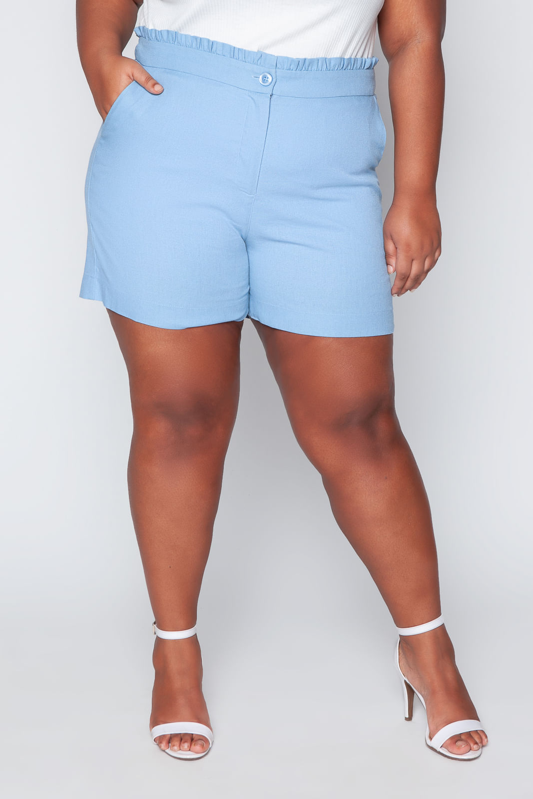 T039_Shorts_Plus_Size_Clochard_Linho_Azul_Celeste_2