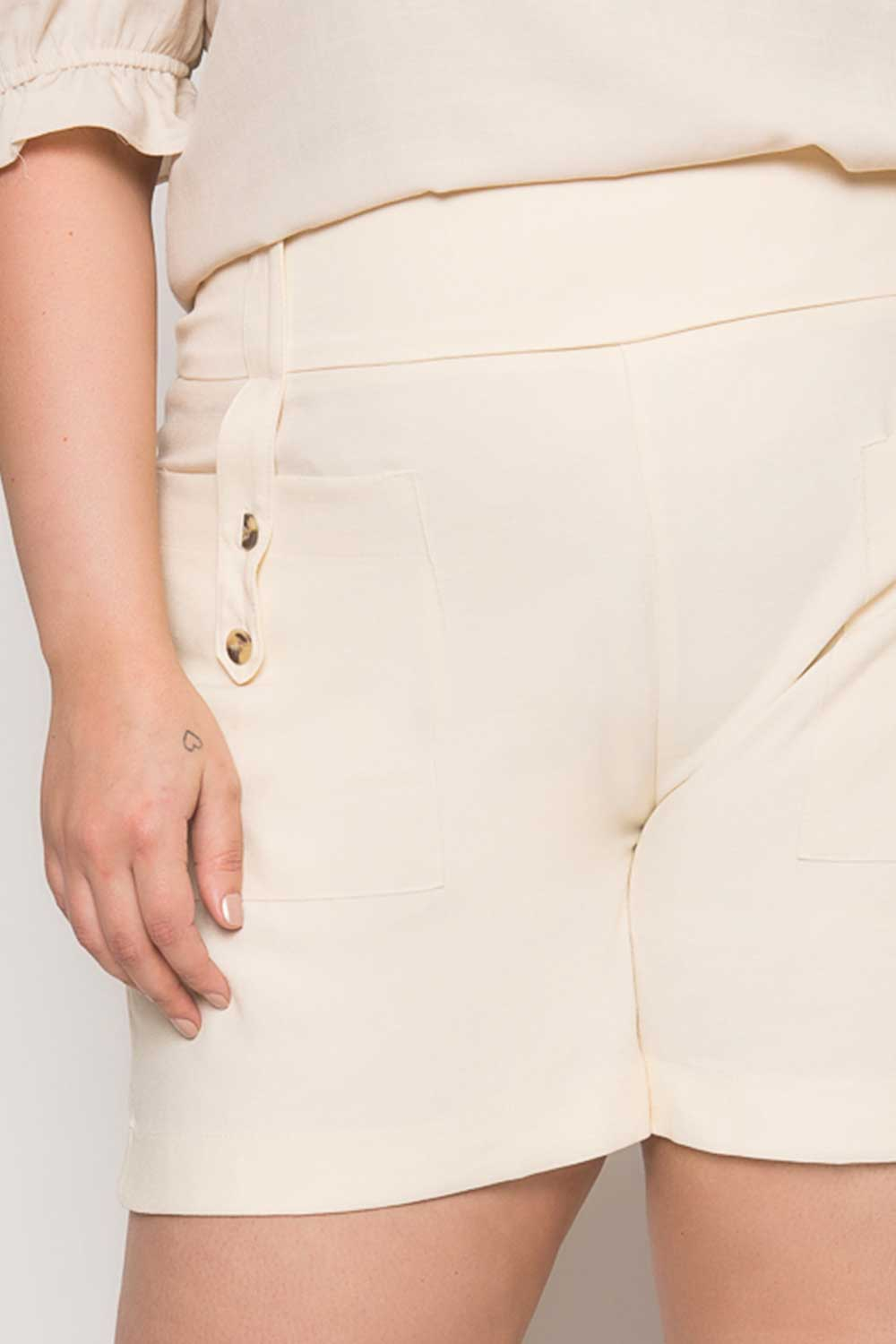 0058_Shorts_Plus_Size_Liso_OffWhite_3