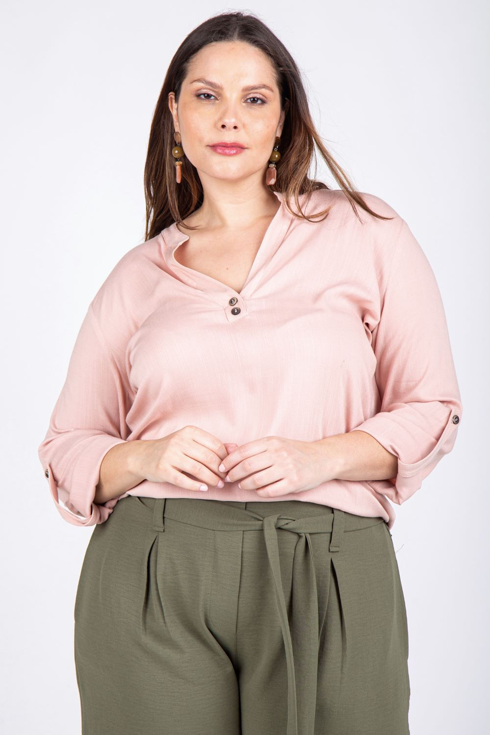 RRY09011749_Blusa_Ampla_Plus_Size_Botoes_Frontais_BEGE_1